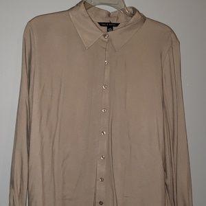 Long sleeve button-up dress shirt